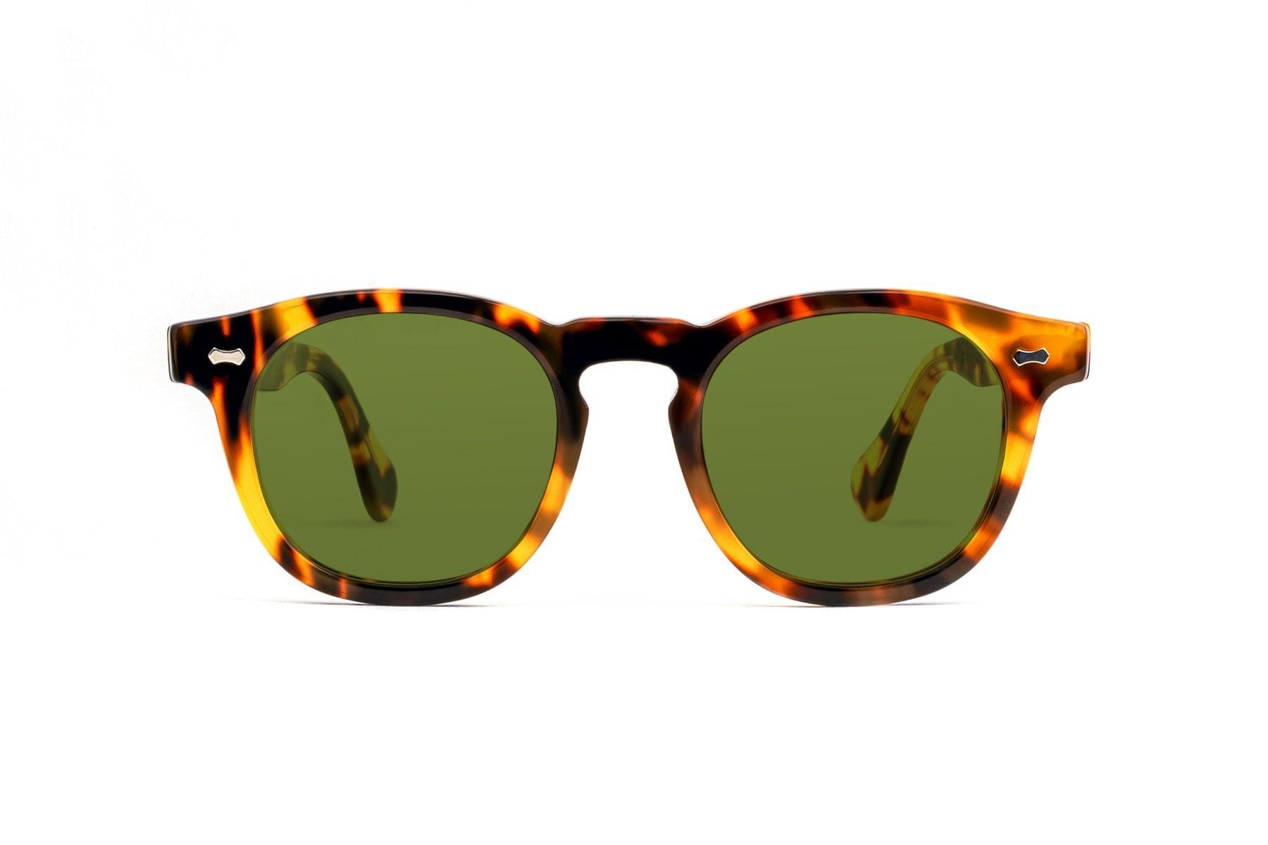 Come scegliere gli occhiali da sole per la salute dei nostri occhi