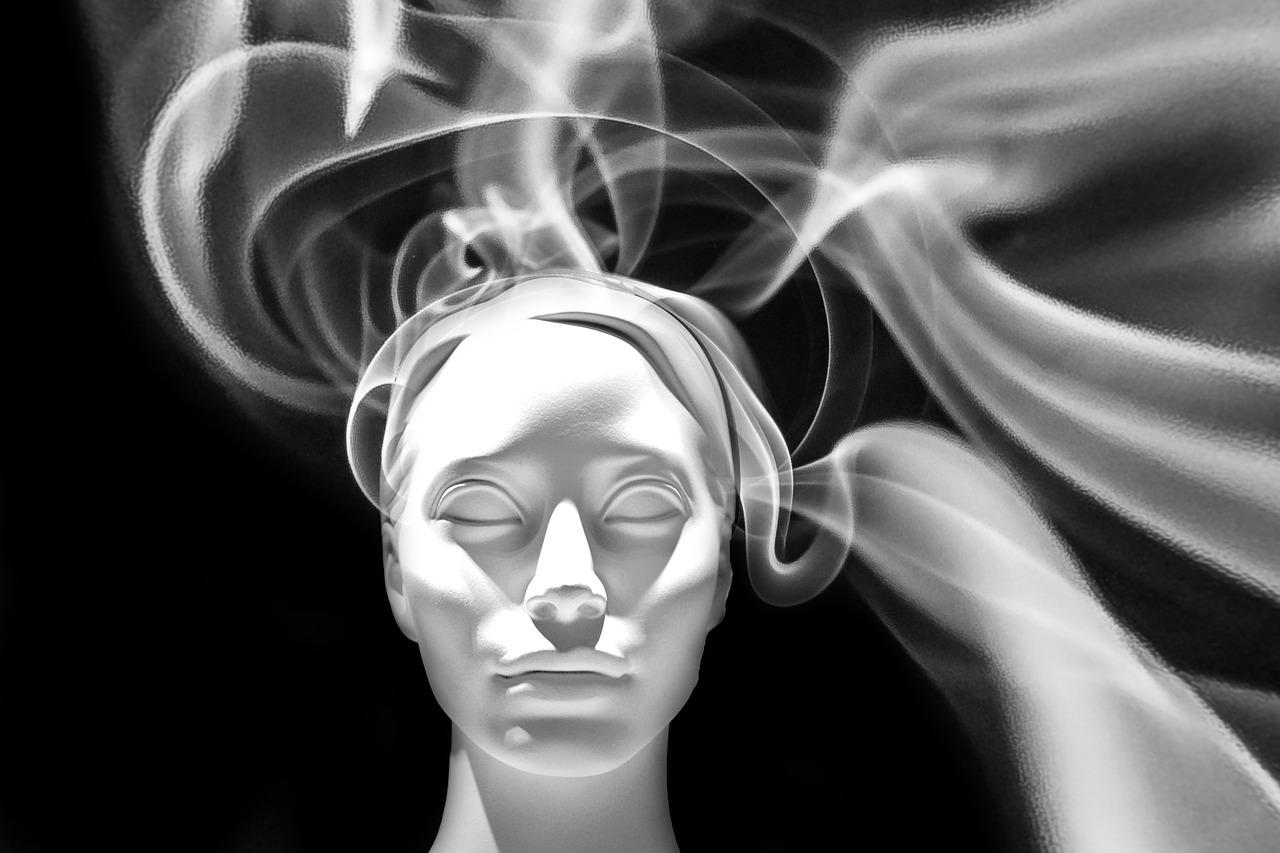 Ipnosi regressiva vite precedenti, a cosa serve e in cosa consiste